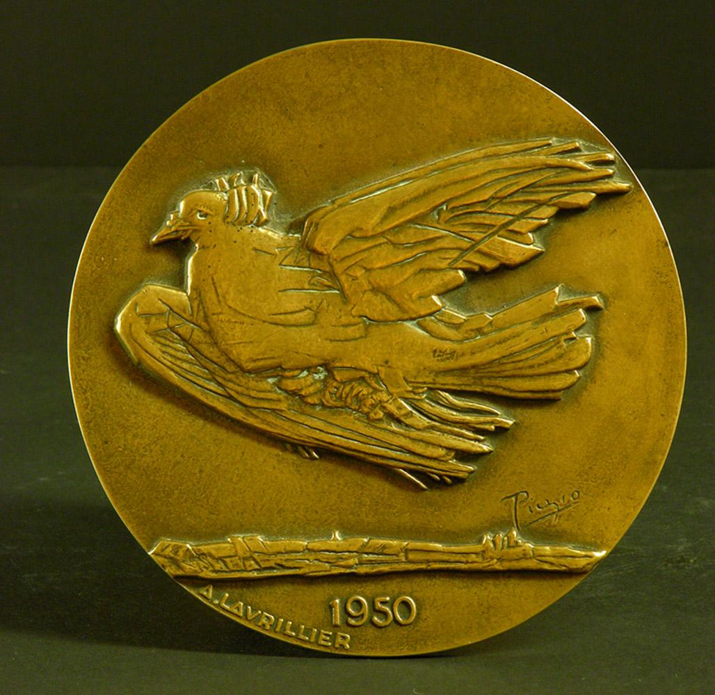 Andre-Lavrillier-Picasso-medaille-de-la-paix