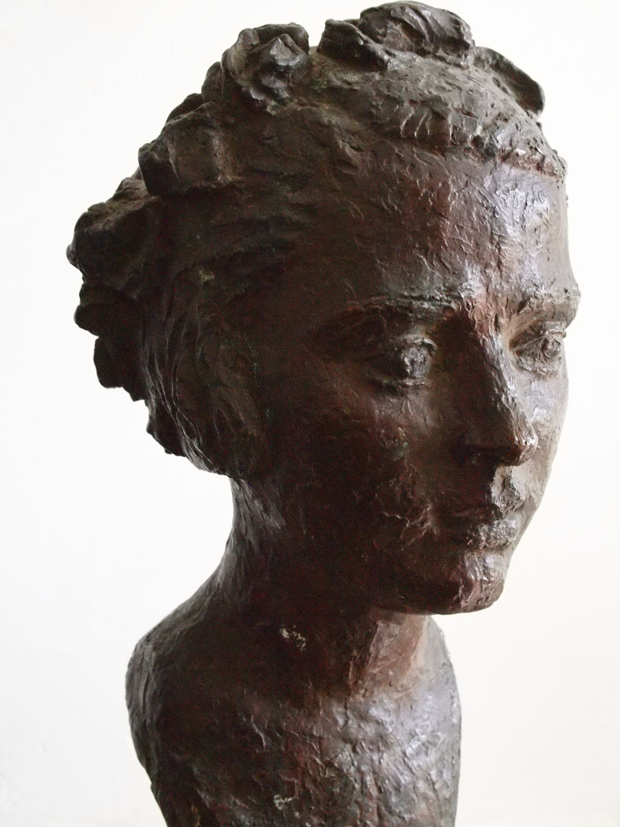 Ileana - Sculpture - Margaret-Cossaceanu - 1917 - Photo Carol-Marc Lavrillier