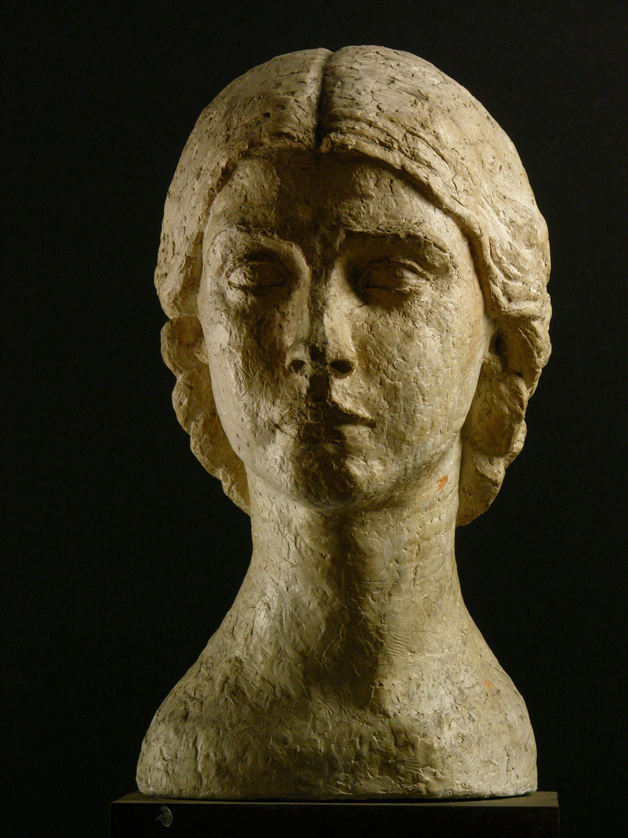Jeune femme - Sculpture - Margaret Cossaceanu - 1925 - Photo Carol-Marc Lavrillier