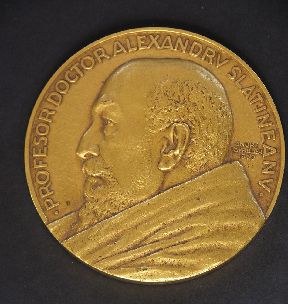 medaille-alexandry-slatineanv-1939-andre-lavrillier-photo-carol-marc-lavrillier-82.jpg