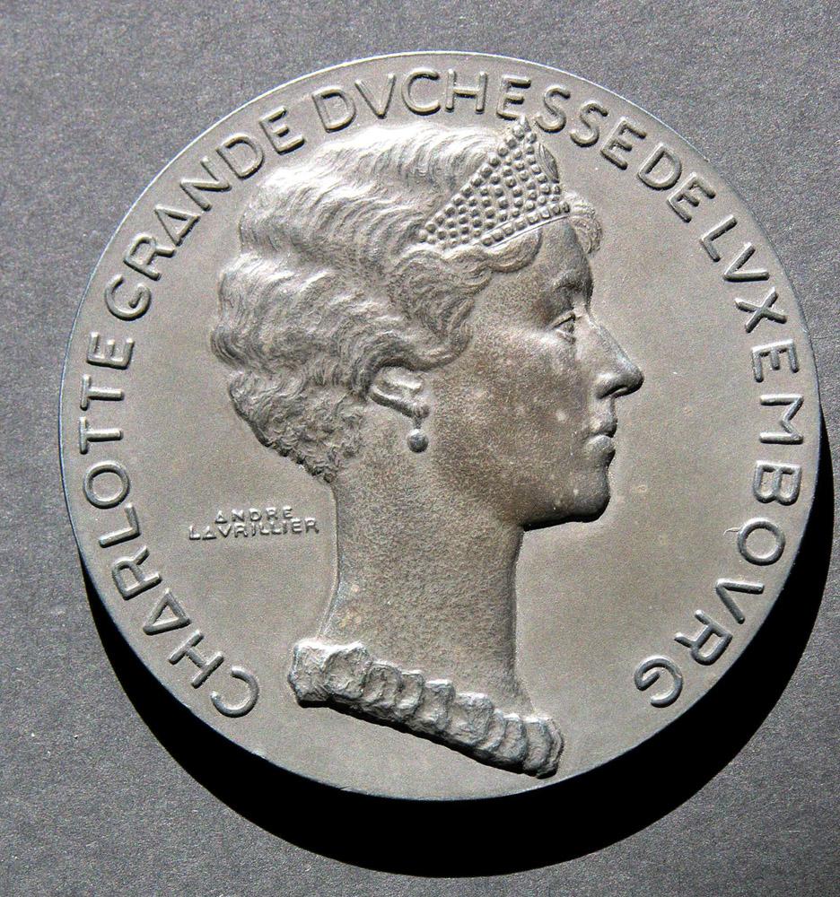 medaille-charlotte-grande-duchesse-luxembourg-1935-andre-lavrillier-photo-carol-marc-lavrillier-88.jpg