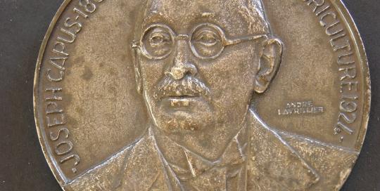 medaille-joseph-capus-1924-andre-lavrillier-photo-carol-marc-lavrillier-90.jpg